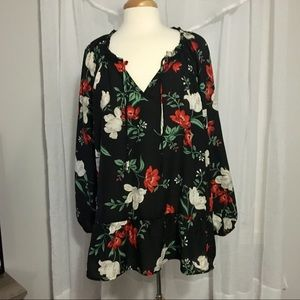 Old Navy black floral top size XXL